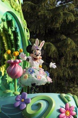 Tokyo Disneyland Minnie Mouse performance