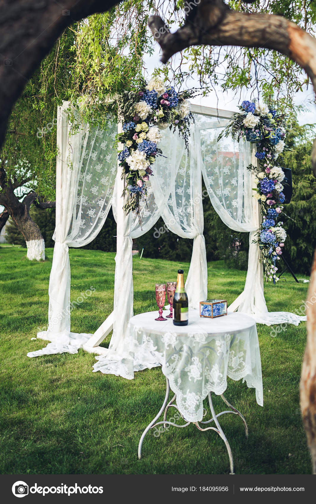 Beautiful wedding arch and table in the nature wedding decorations beautiful wedding arch and table in the nature wedding decorations photo by varnavaphoto junglespirit Choice Image