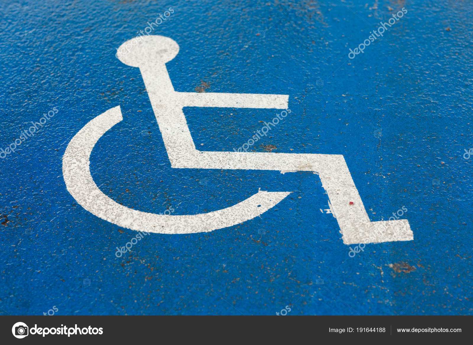 - Disabled Blue Parking Sign — Stock Photo © Amelaxa #191644188