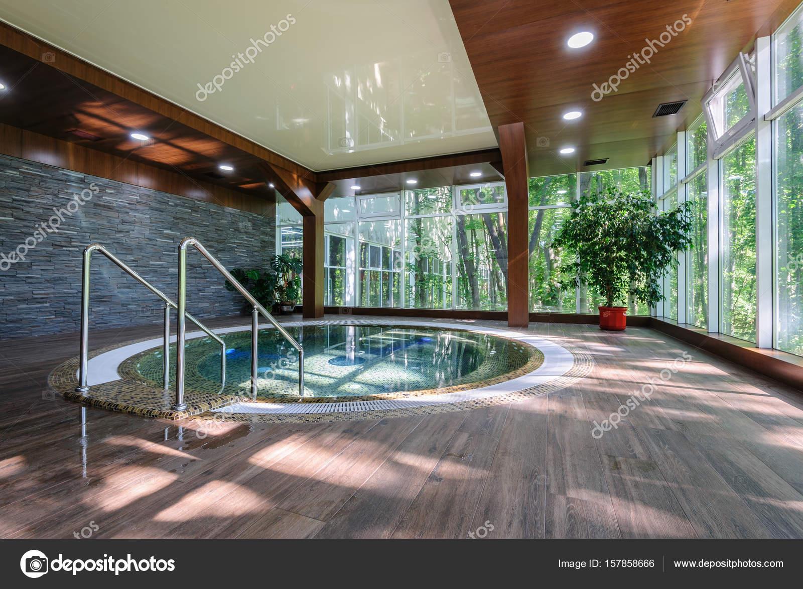 Big luxury jacuzzi tub — Stock Photo © starush #157858666