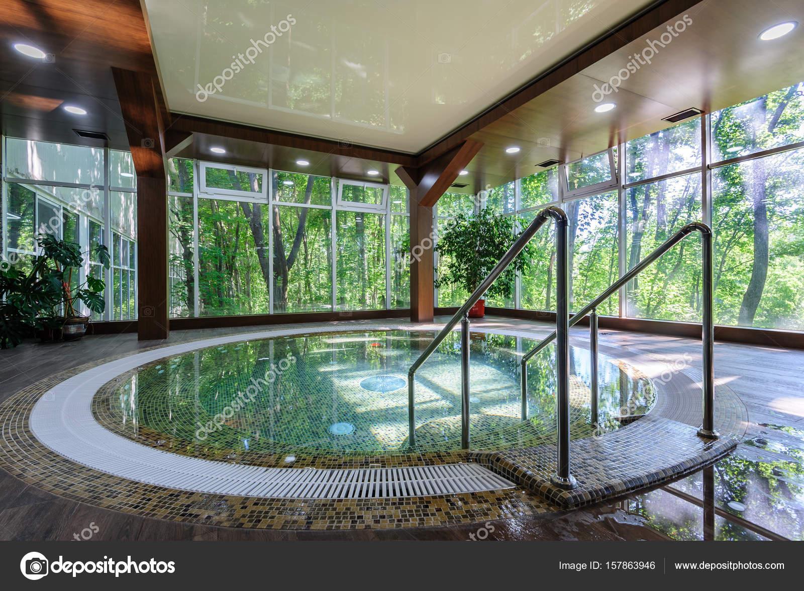 Big luxury jacuzzi tub — Stock Photo © starush #157863946