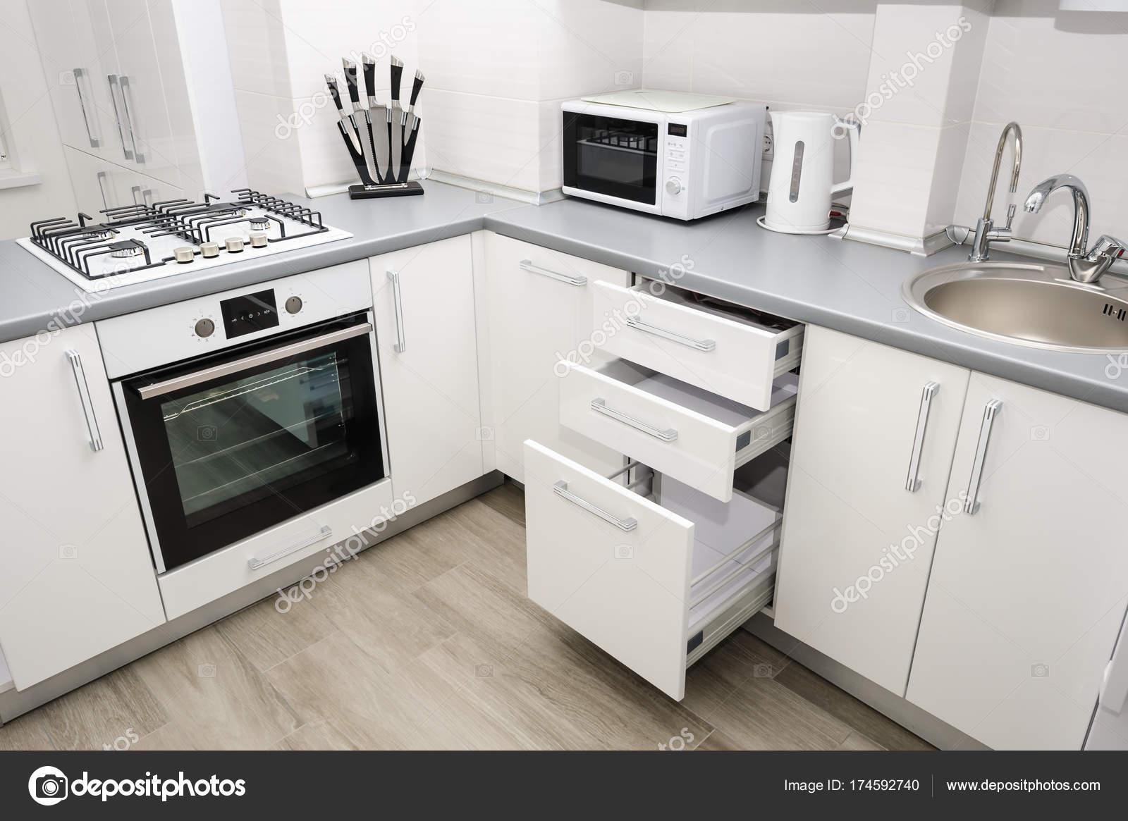 Moderne weiße küche u2014 stockfoto © starush #174592740