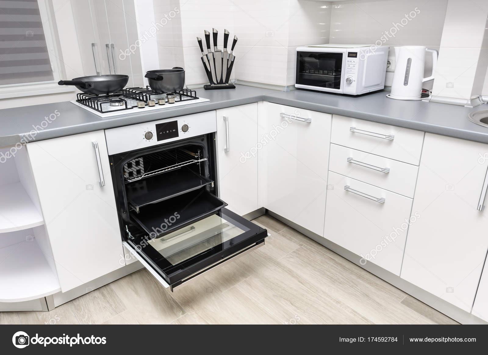 Moderne weiße küche u2014 stockfoto © starush #174592784