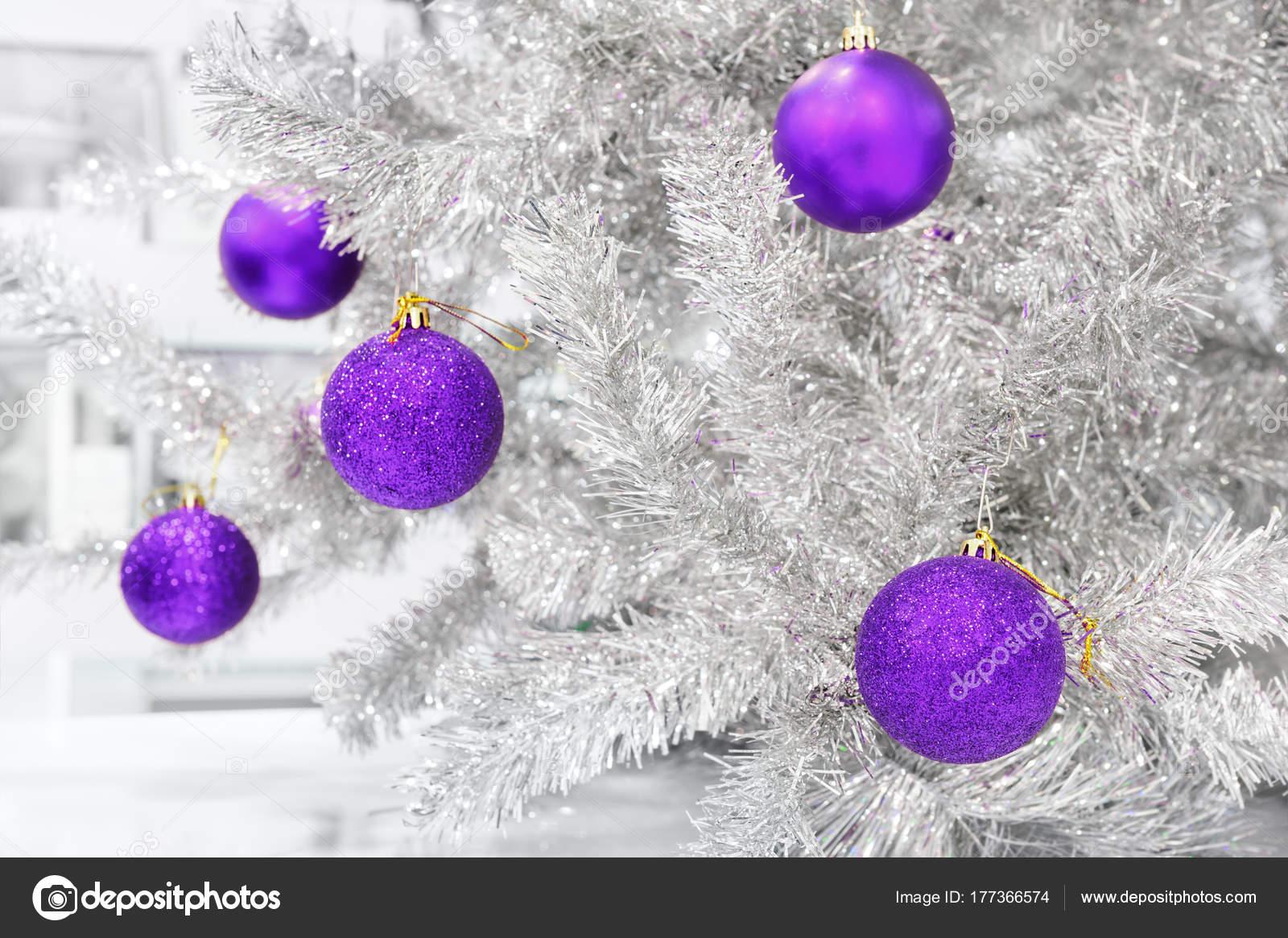 Weihnachtsbaum farben 2018