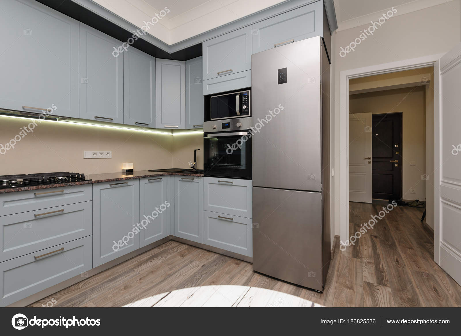 Moderne keuken interieur u stockfoto starush