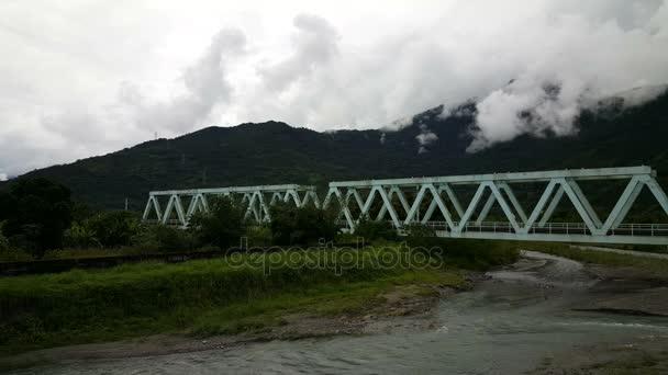 Most přes řeku Guanghuanjingguan