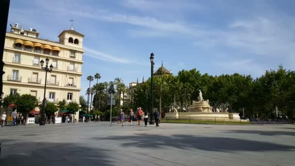 Cityscape with Fountain at Puerta de Jerez