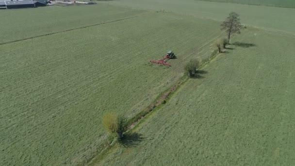Zemědělství stroj třást trávy