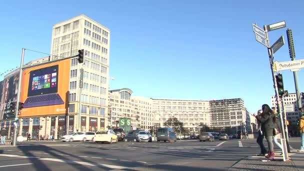 Potsdamer Platz traffic