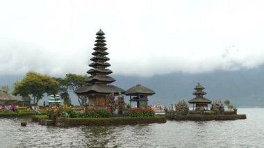 4K Footage Sunrise of Pura Ulun Danu Bratan Temple, Bali, Indonesia
