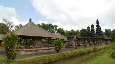 Time lapse at Taman Ayun temple, Mengwi, Indonesia