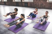 Skupinové cvičení jógy