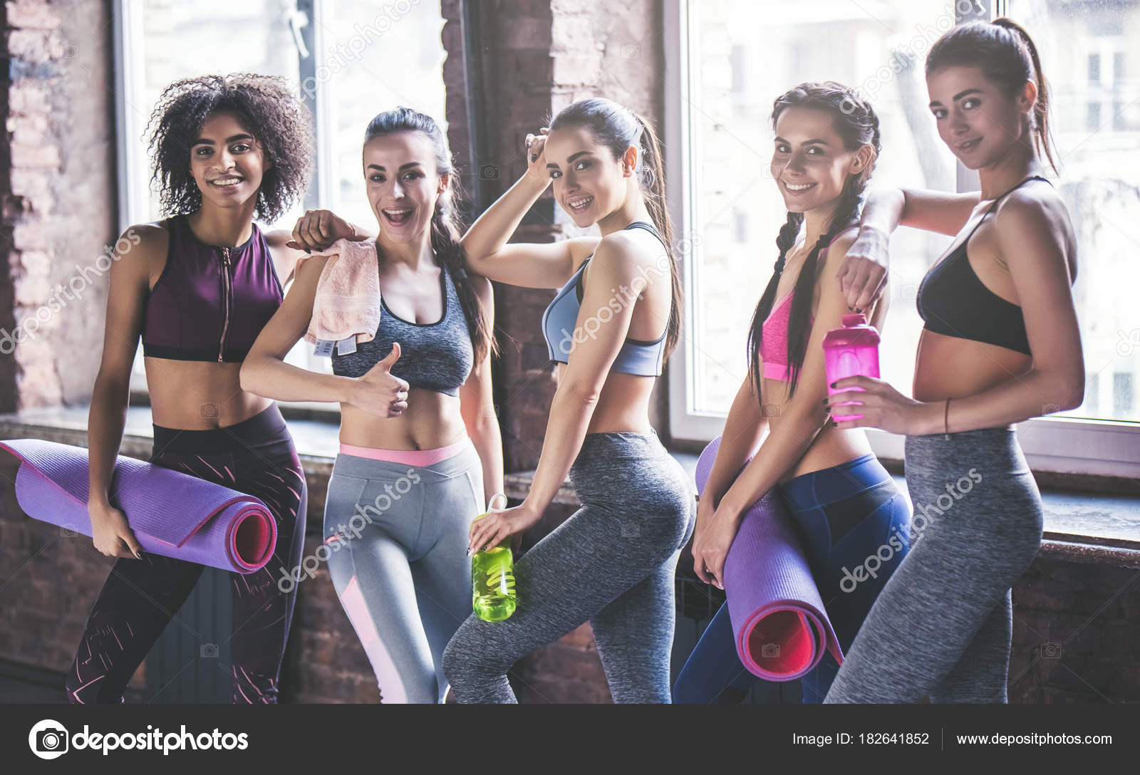 Attractive Young Sport Girls Are Having Rest After Doing Yoga Together Group Training Healthy Lifestyle Concept Photo By 4pmphotogmail
