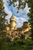 Středověký zámek Bojnice.