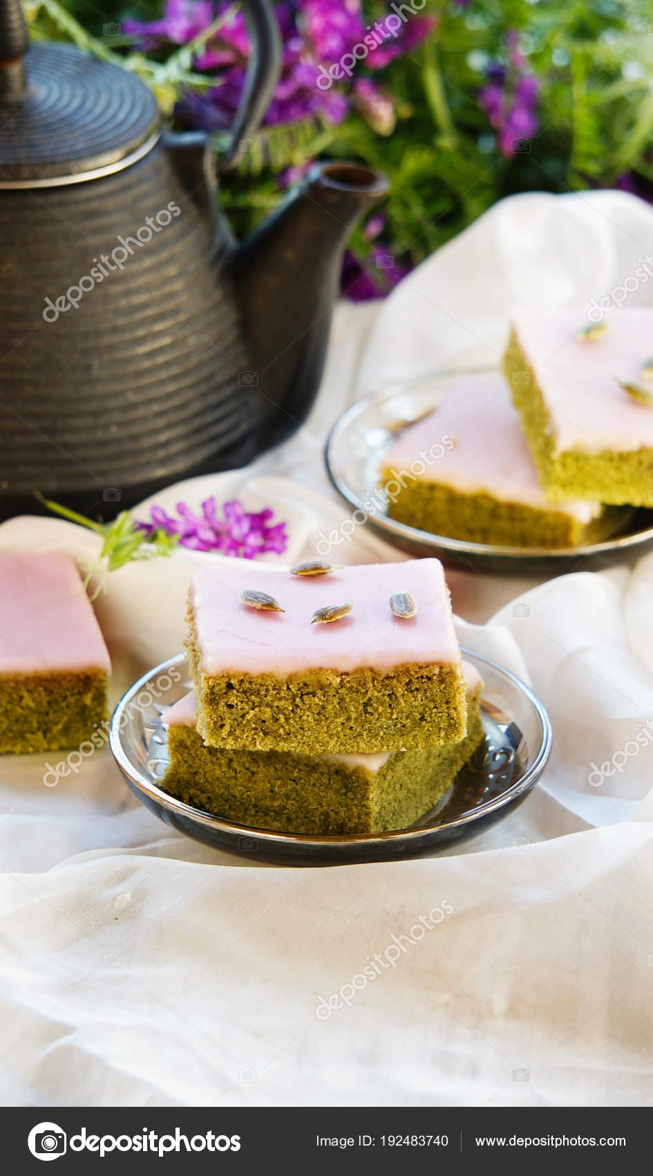 Matcha Gruner Tee Kuchen Mit Weisser Schokolade Glasur Samen Mit