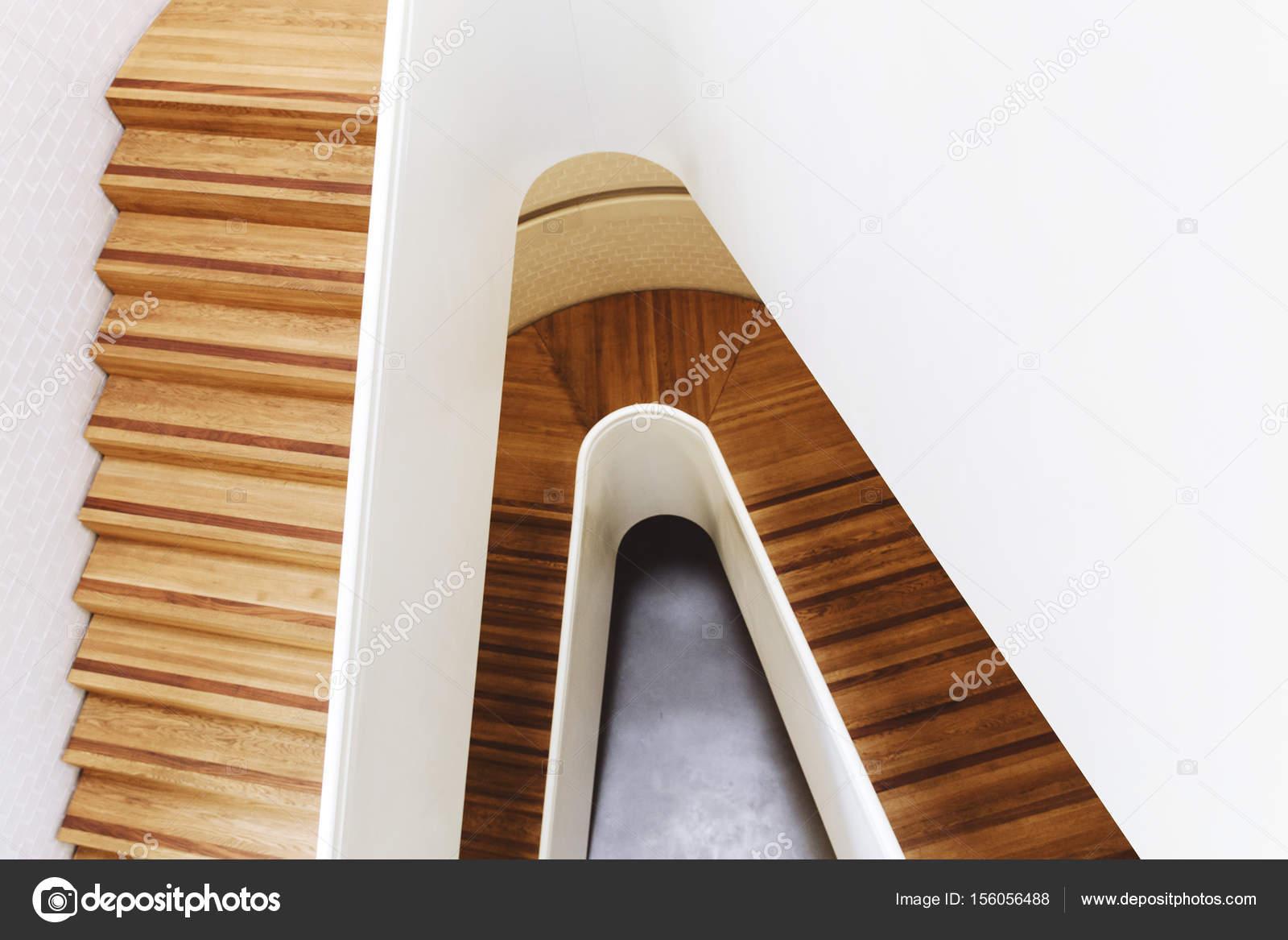 Designer Treppen moderne designer treppe stockfoto tomeversley 156056488