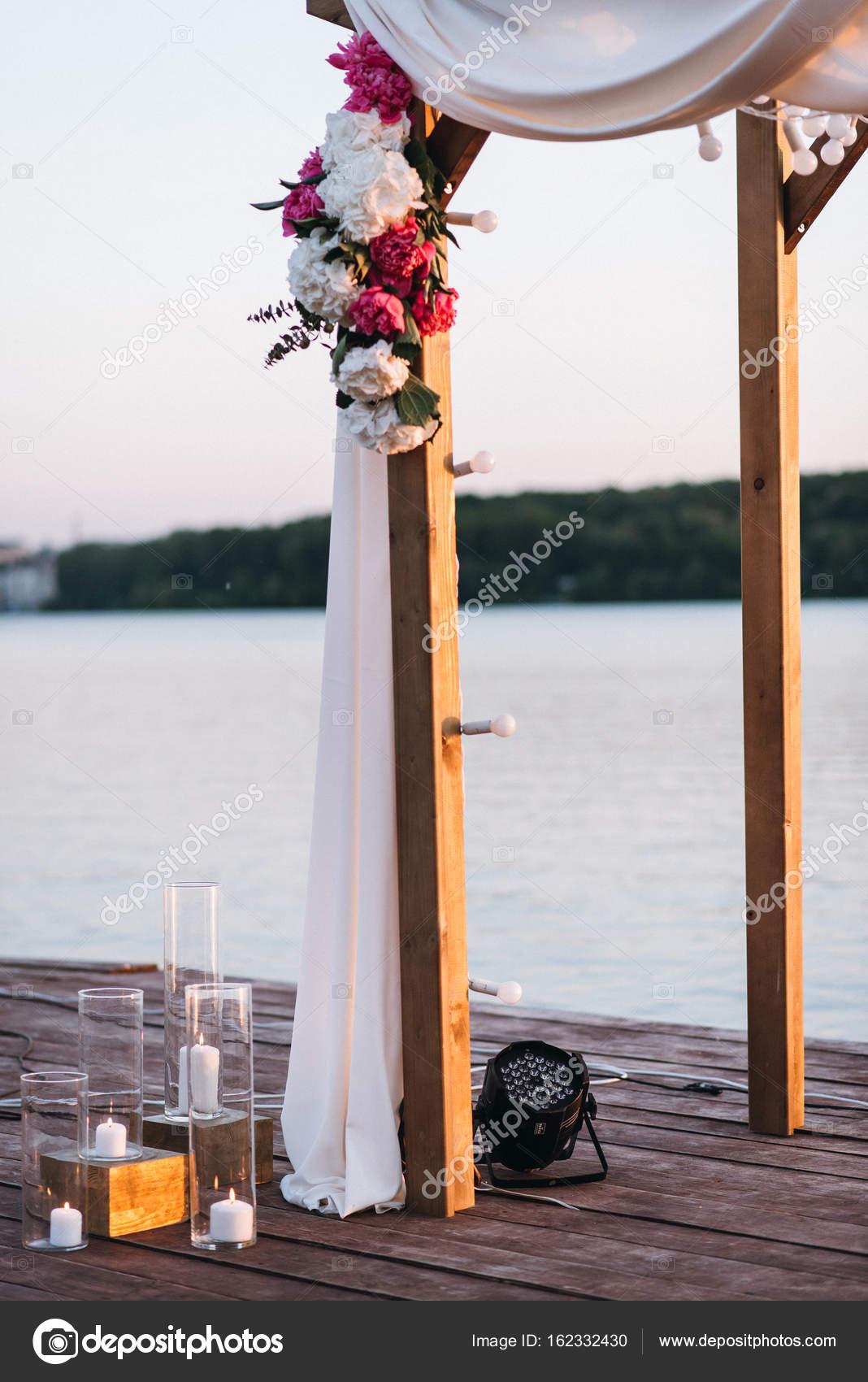 Wedding decor with white and red peonies. — Stock Photo © bondart ...