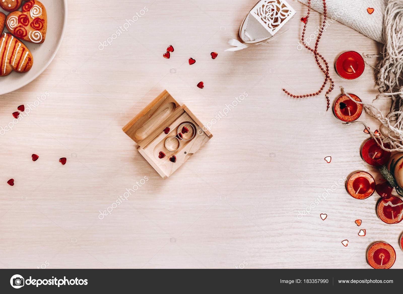 Komposition Mit Verzierten Herz Geformt Cookies Kerzen