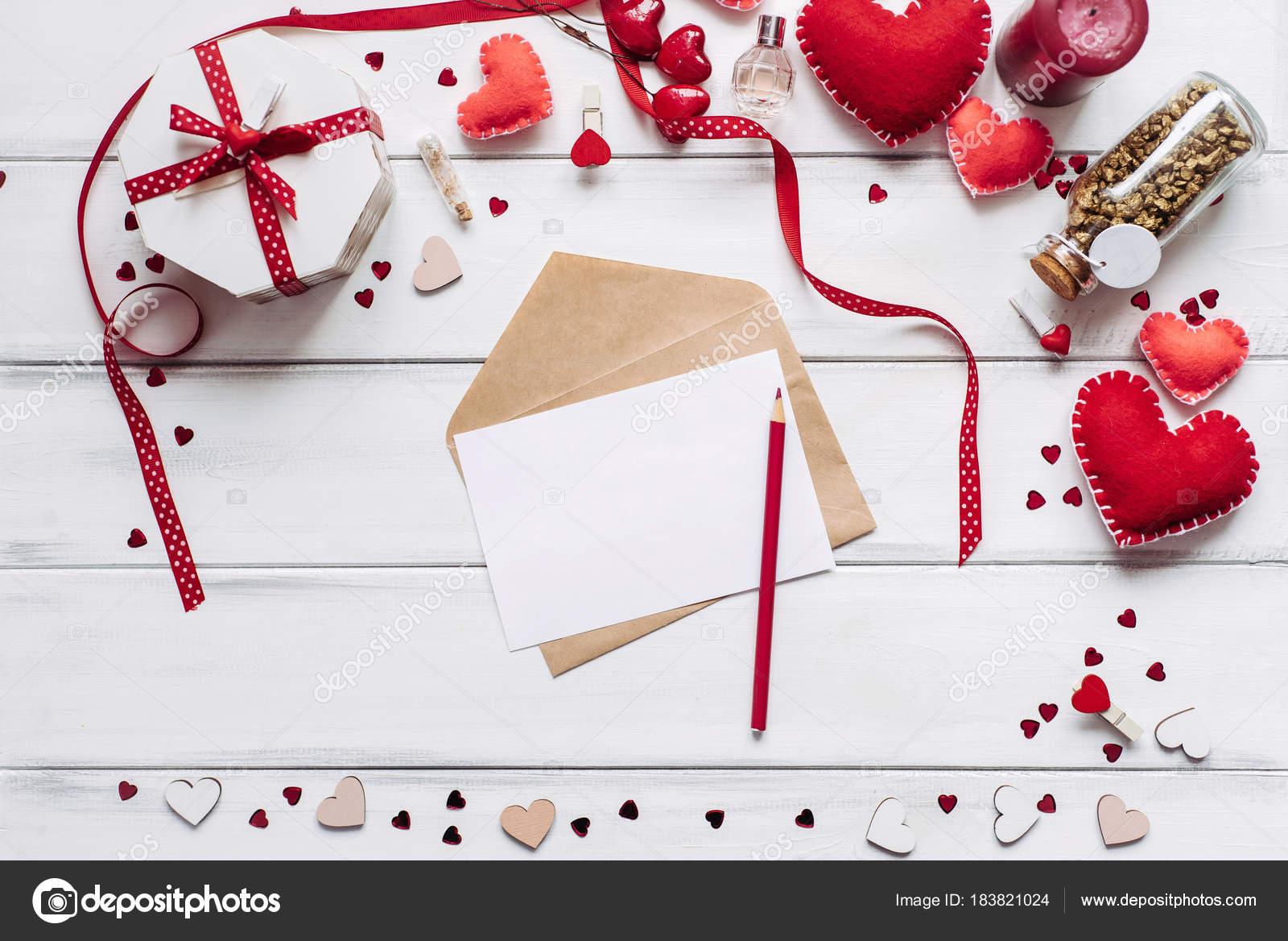 Decorative Composition Handmade Hearts Piece Paper Bottle