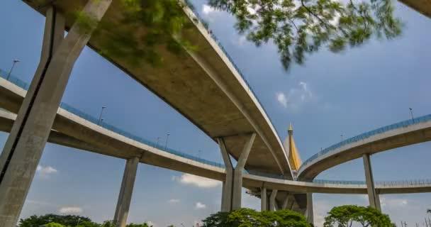 Bhumibol most pohled z parku Klong Lad Pho zdraví Garden Thajsko