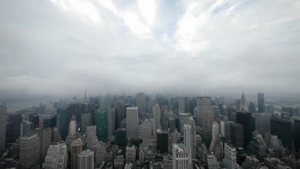 city night time lapse nyc skyline foggy clouds