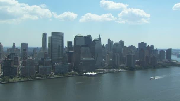 Panorama New Yorku s lodí