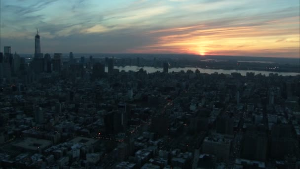 gyönyörű naplemente manhattan látképének légi
