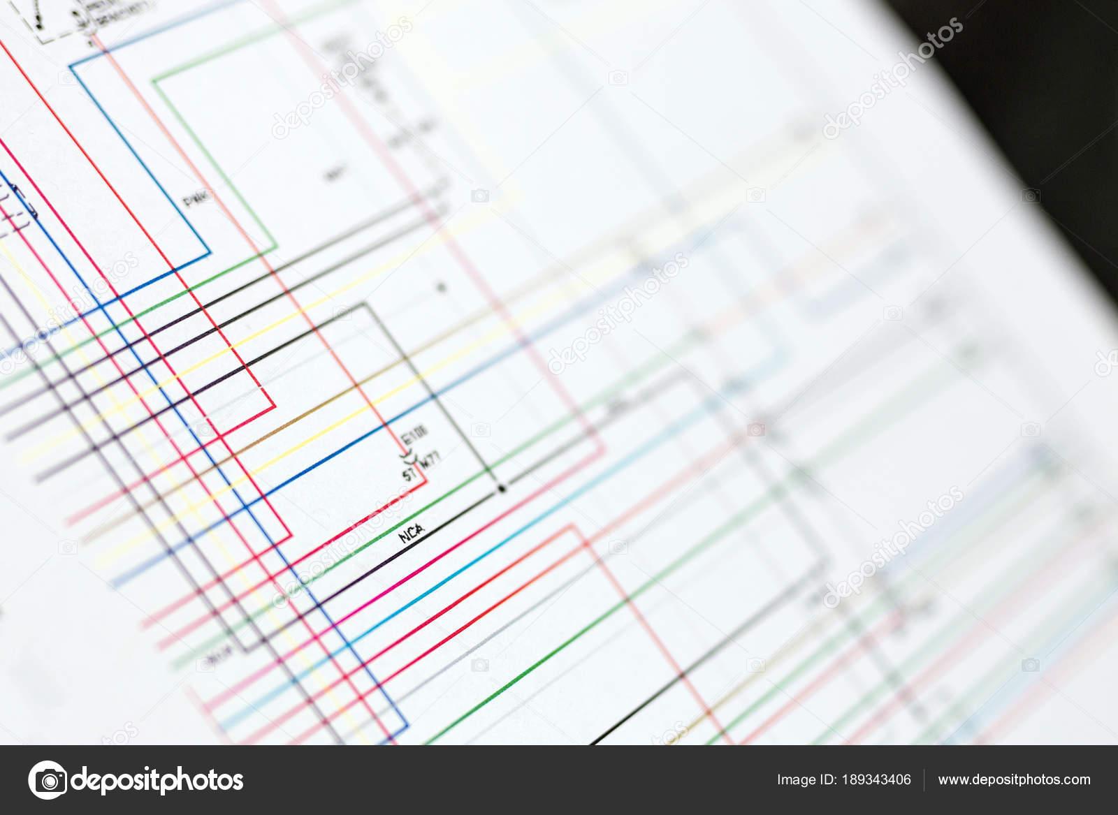 Schema Elettrico Auto : Schema del cablaggio elettrico auto colorate sul foglio di carta