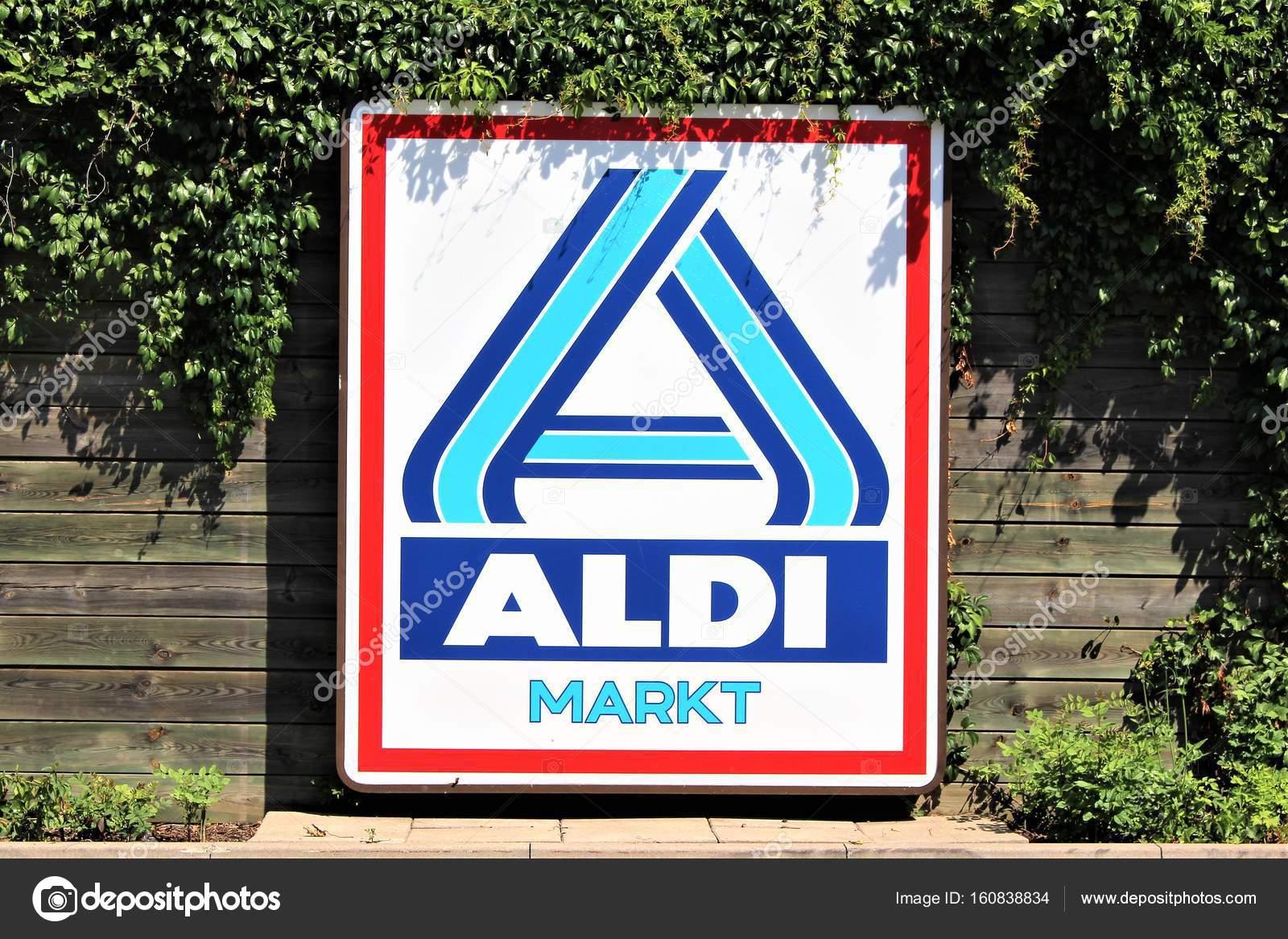 An image of a ALDI supermarket sign - logo - Bad Pyrmont
