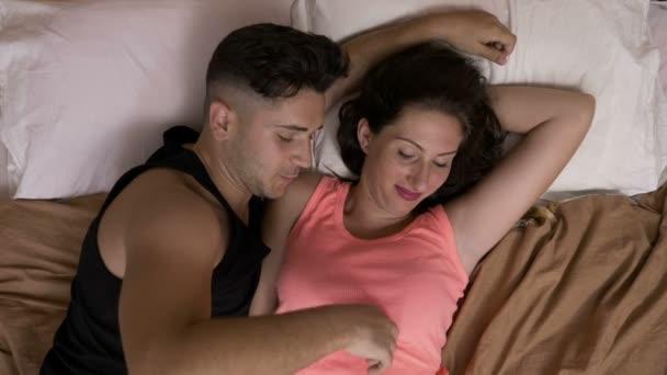 Produits similaires au Plumeau Plume a Chatouiller Sex Bondage Duveteux Jeux Erotiques Coquine Tickler noir.