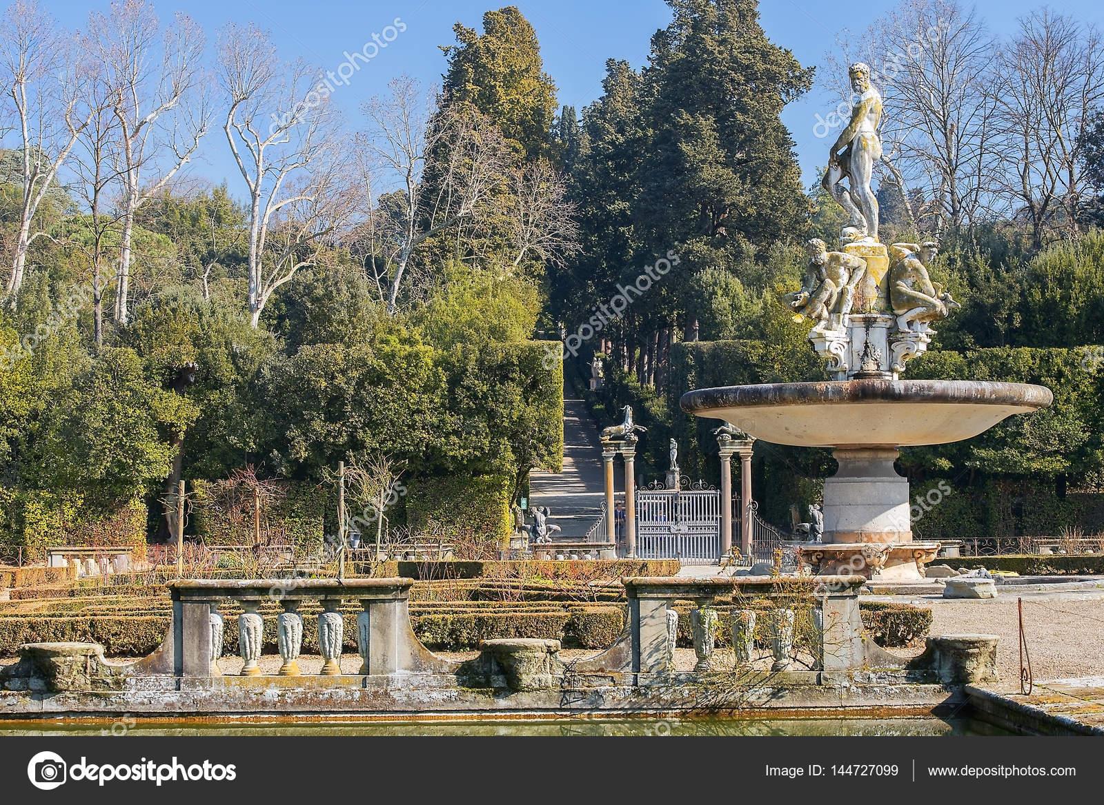 Fontane Da Giardino Firenze.Fontana Dell Oceano Del Giambologna Nel Giardino Di Boboli