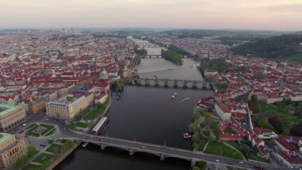 Řeka Vltava v Praze, letecký pohled