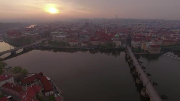 Architektura Prahy a Vltavy, letecký pohled