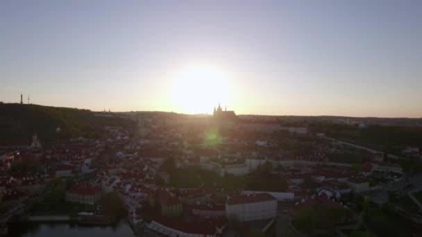 Praha v České republice, letecký pohled za svítání