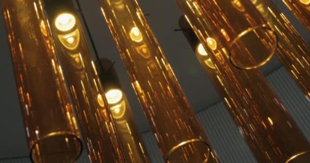Illuminazione con lampade del tubo di vetro u2014 video stock © danr13