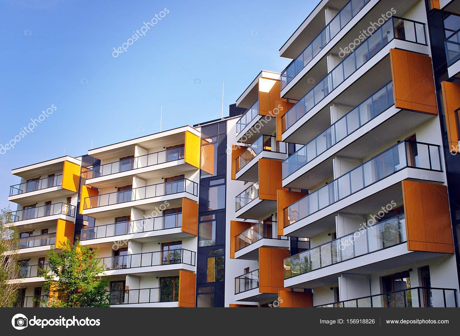 Exteriores de edificios de apartamentos modernos fotos for Departamentos modernos fotos