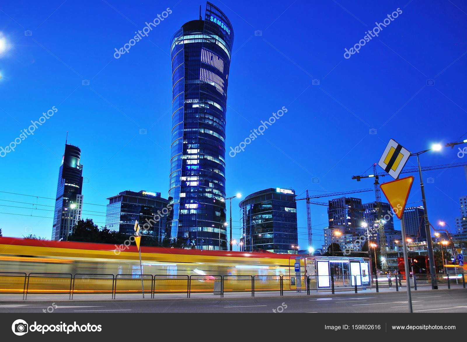 Warsaw Spire Jest Nowy Budynek Biurowy Zdjęcie Stockowe Editorial