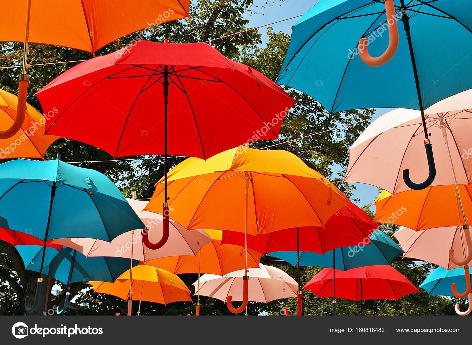 precios grandiosos los mejores precios bien conocido Paraguas colores decorar | Fondo de coloridos paraguas ...