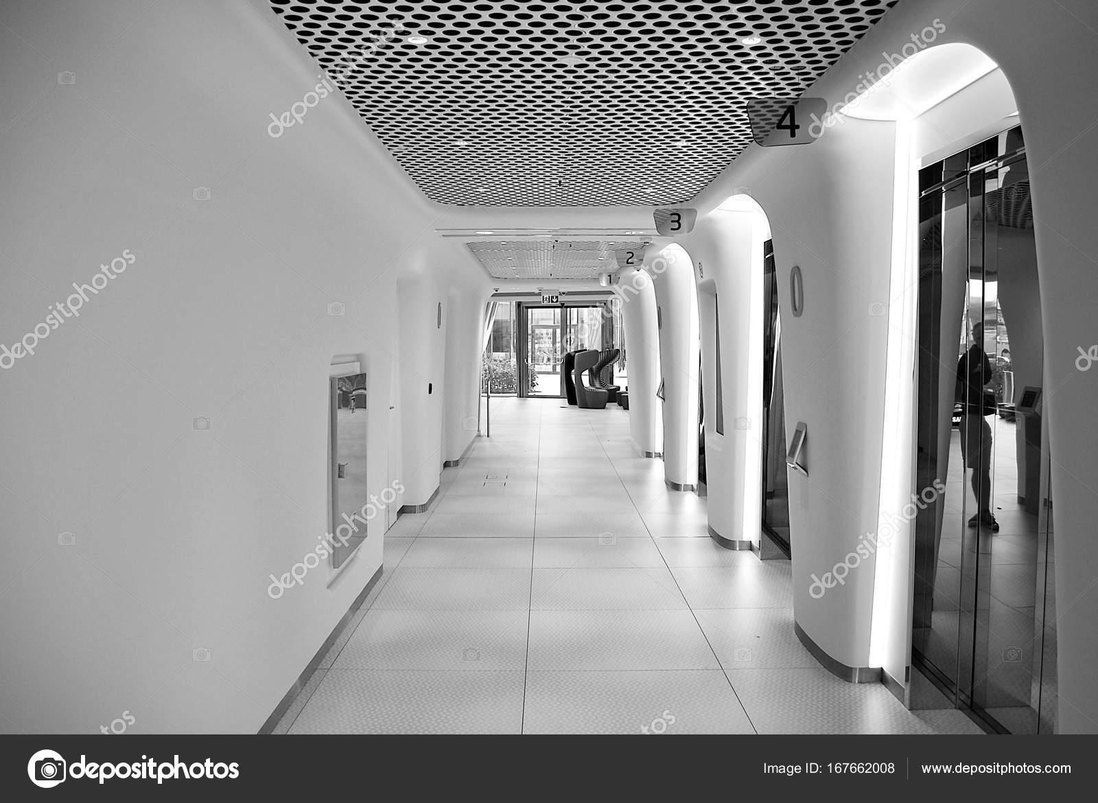 Bureau Noir Et Blanc intérieur de bureau moderne. noir et blanc — photographie