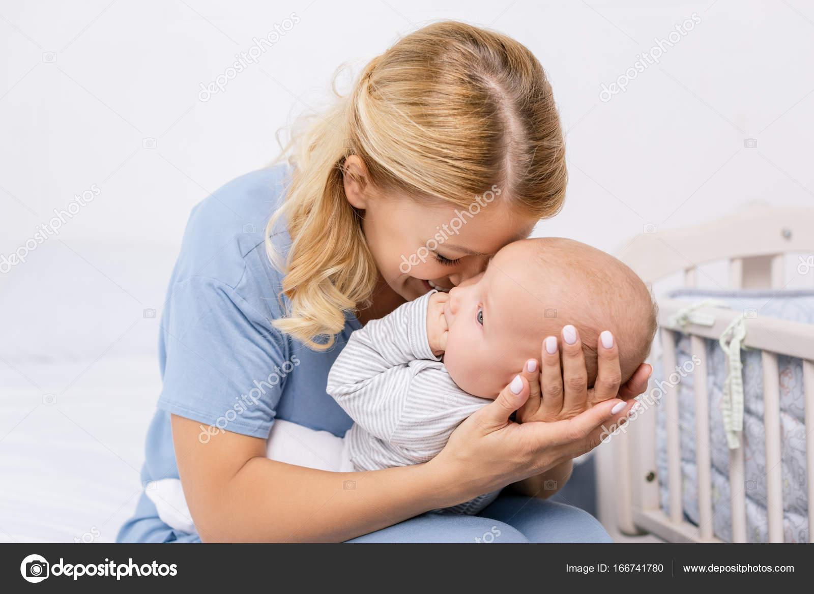 Sensual mothers pics