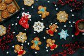 karácsonyi gingerbreads és kávé