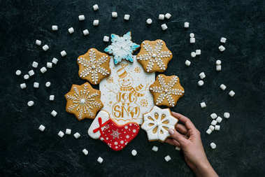 gingerbreads with christmas greeting card