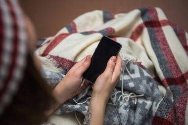 girl holding smartphone