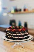 Fényképek Csokoládés sütemény, gyümölcsös