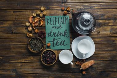 tea set and card