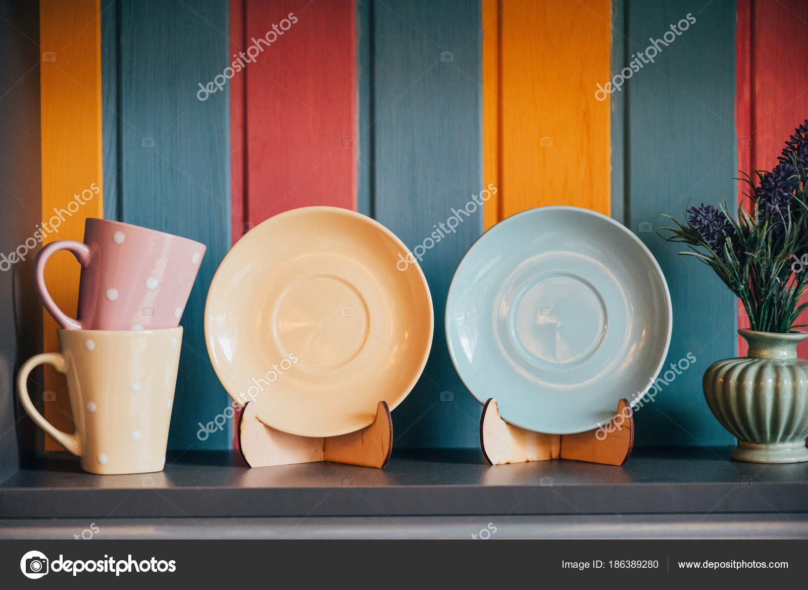Close View Decorative Empty Plates Cups Colorful Wall Restaurant u2014 Stock Photo & Close View Decorative Empty Plates Cups Colorful Wall Restaurant ...