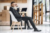 Fotografie businessman at workplace in office