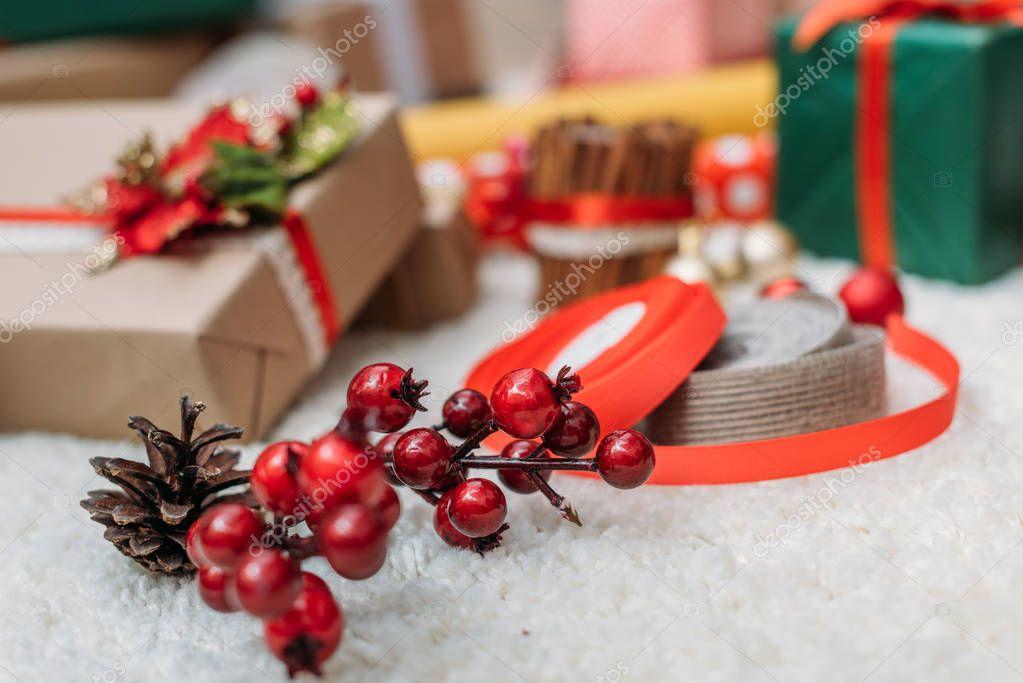 christmas decor and gifts