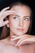 Fotografie Gesicht von schönen Mädchen vor und nach der Retusche