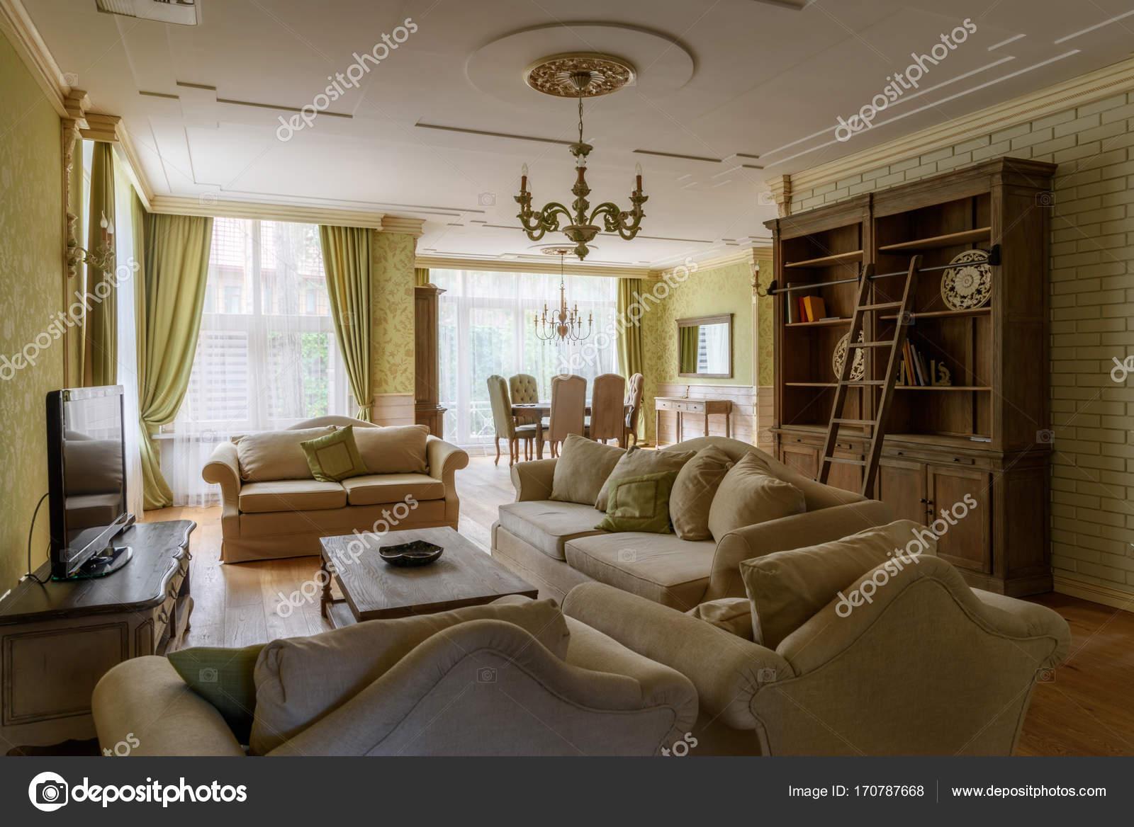 woonkamer interieur — Stockfoto © VitalikRadko #170787668